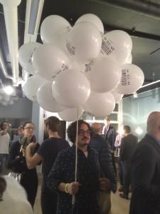 Alfonso recién aterrizado en la fiesta de McCann